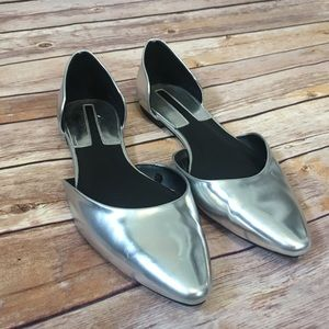 Zara Silver Pointed Flats Size 39